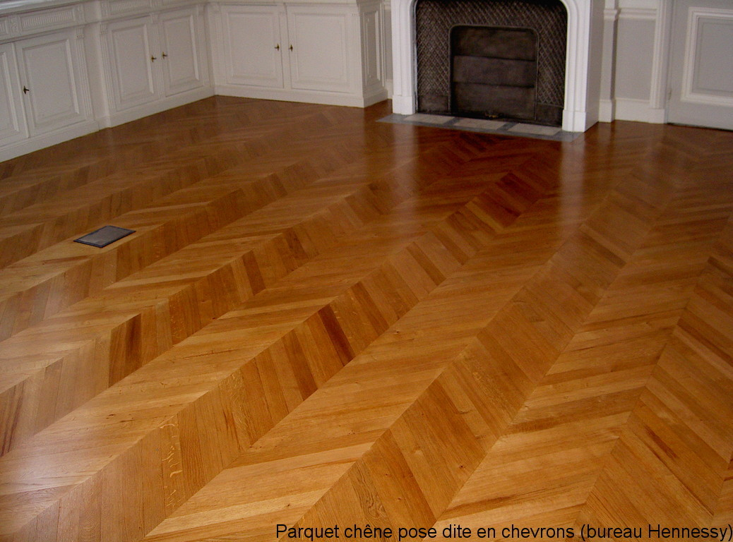 different type de parquet type de revetement de sol interieur le parquet roti francais. Black Bedroom Furniture Sets. Home Design Ideas